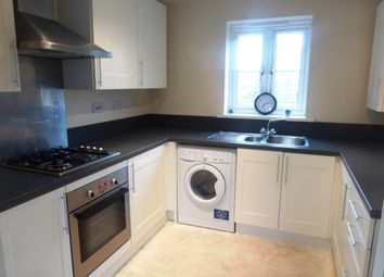 2 bed flat to rent in Thistle Drive, Desborough, Kettering NN14