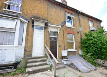 Thumbnail 2 bed flat to rent in Kingsley Road, Maidstone