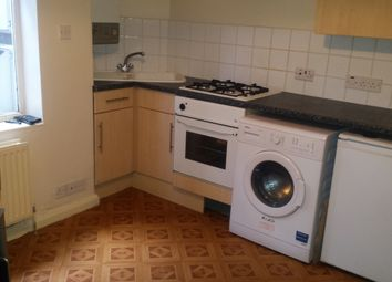 Thumbnail 1 bed flat to rent in Hibbert Street, Luton
