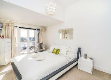 Andes Close, Ocean Village, Southampton SO14. 3 bed flat