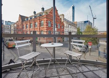 Thumbnail 1 bed flat to rent in Quaker Street, Shoreditch