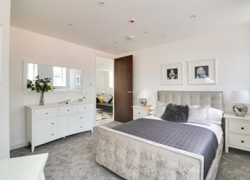 Thumbnail 2 bedroom flat for sale in 5 Wells, West Street, Grays