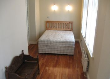 Thumbnail 2 bed flat to rent in Queen Avenue, Dale Street, Liverpool