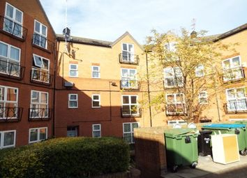 Thumbnail 1 bed flat to rent in Newland Road, Banbury