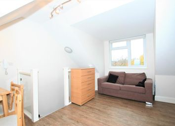 Thumbnail Studio to rent in Greyhound Hill, London