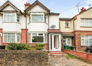 Hagden Lane, Watford, Hertfordshire WD18. 3 bed end terrace house