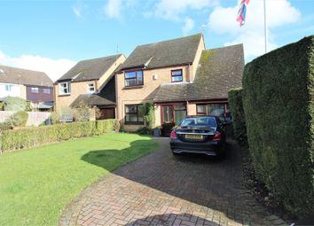 Thumbnail 4 bedroom detached house for sale in Ladymask Close, Calcot, Reading, Berkshire