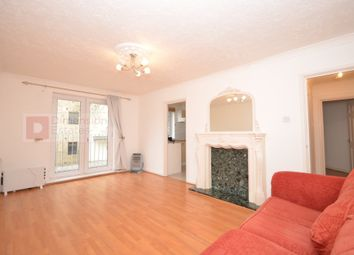 Thumbnail 1 bed flat to rent in Globe Road, East London, Bethnal Green