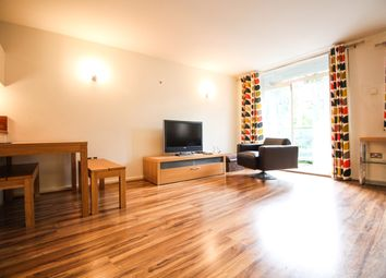 1 bed flat to rent in Myddelton Passage, London EC1R