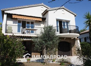 Thumbnail 6 bed villa for sale in Fréjus, France