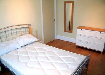 Thumbnail 1 bedroom property to rent in Oxford Road, Reading, Berkshire