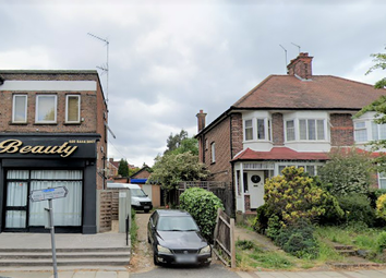 Thumbnail Studio to rent in Sussex Ring, Finchley