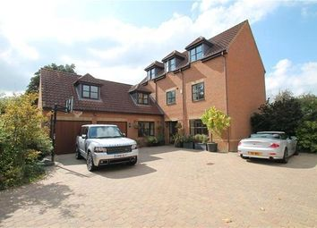 Thumbnail 5 bed property to rent in Hugh Parke Close, Loughton, Milton Keynes