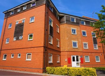 Thumbnail 2 bed block of flats to rent in 98 Celsus Grove, Swindon
