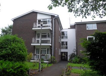 Thumbnail 2 bed flat to rent in Murray Avenue, Bromley