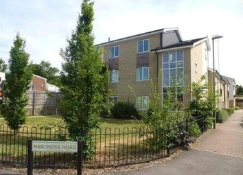 Thumbnail 2 bedroom flat for sale in Harkness Road, Hemel Hempstead
