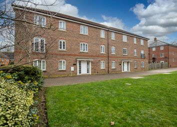 The Boulevard, Tangmere, Chichester PO20. 2 bed flat for sale