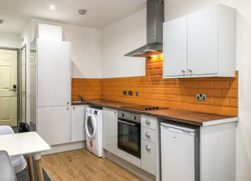 Thumbnail 1 bed property to rent in Blackwall, Halifax