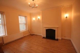 Thumbnail 2 bedroom flat to rent in Leeds Road, Ilkley