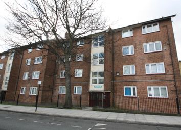 Thumbnail 3 bed flat to rent in Abersham Road, Dalston, London