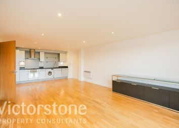 Thumbnail 2 bed flat for sale in Southgate Road, De Beauvoir Town