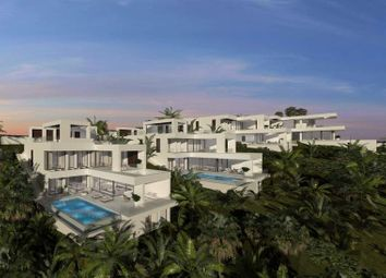 Thumbnail 5 bed villa for sale in New Golden Mile, Malaga, Spain