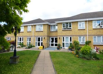 Thumbnail 1 bed flat to rent in Clayton Road, Chessington