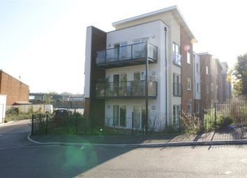Thumbnail 2 bedroom flat to rent in Buffers Lane, Leatherhead