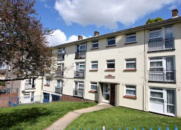 Thumbnail 2 bedroom flat for sale in The Fairway, Rochester