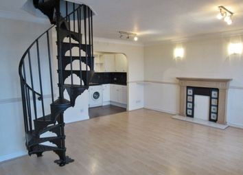 Thumbnail 3 bed flat to rent in Victoria Street, Grimsby