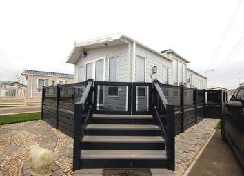Thumbnail 2 bed mobile/park home for sale in Laburnham Close, Birchington Vale, Birchington