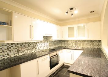 Thumbnail 2 bedroom flat for sale in Adelaide Crescent, Hove