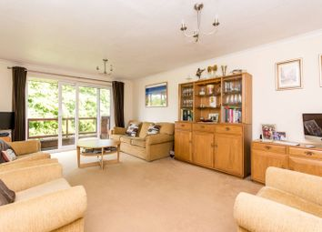 Thumbnail 2 bed flat to rent in Holden Road, Woodside Park
