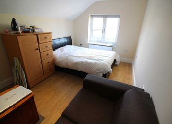 Thumbnail 1 bedroom studio to rent in Champion Road, Caversham, Reading