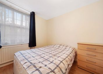 Thumbnail Flat to rent in Emlyn Gardens, London
