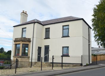 2 bed flat for sale in Kites Nest, Bath Road, Stroud GL5
