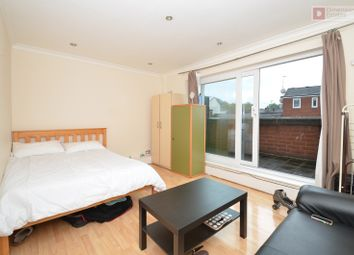Thumbnail 4 bed town house to rent in Detmold Road, Upper Clapton, Hackney, London