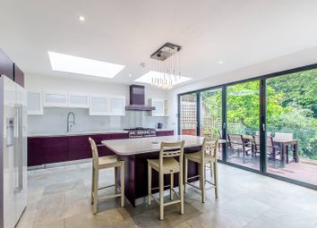 Thumbnail 3 bed property to rent in Hillway, Highgate