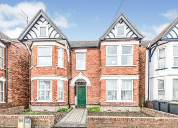 Thumbnail 3 bedroom flat for sale in Hurst Grove, Bedford, Bedfordshire