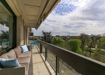 Thumbnail 4 bed apartment for sale in Neuilly-Sur-Seine, France