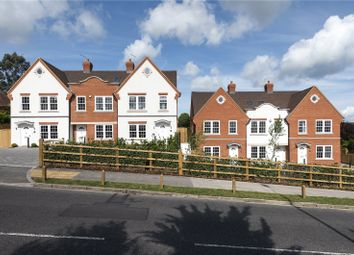 Thumbnail 4 bed town house for sale in Kingsway, Chalfont St. Peter, Gerrards Cross, Buckinghamshire
