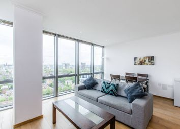 Thumbnail 1 bed flat to rent in Hertsmere Road, Canary Wharf