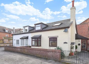 Thumbnail 2 bed cottage for sale in Post Office Lane, Wantage