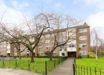 Thumbnail 3 bed flat to rent in Railway Side, Little Chelsea