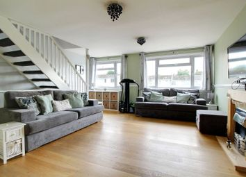 Thumbnail 3 bedroom property for sale in Hanwood Close, Woodley, Reading, Berkshire