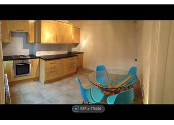 3 bed terraced house to rent in Sharrow Vale Road, Sheffield S11