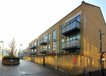 Thumbnail 1 bedroom flat for sale in Town Meadow, Brentford