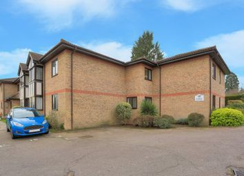 Thumbnail 1 bed flat to rent in Robin Court, Harpenden, Hertfordshire