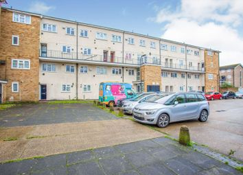 3 bed flat for sale in Radcliffe Way, Northolt UB5