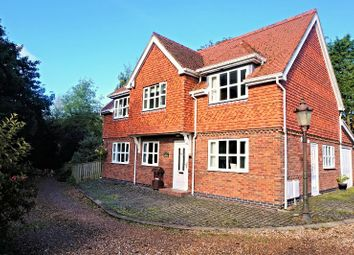 Thumbnail 4 bed detached house for sale in Dove Close, Roos, Hull
